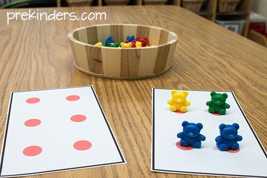 teddy bear counters on dot cards